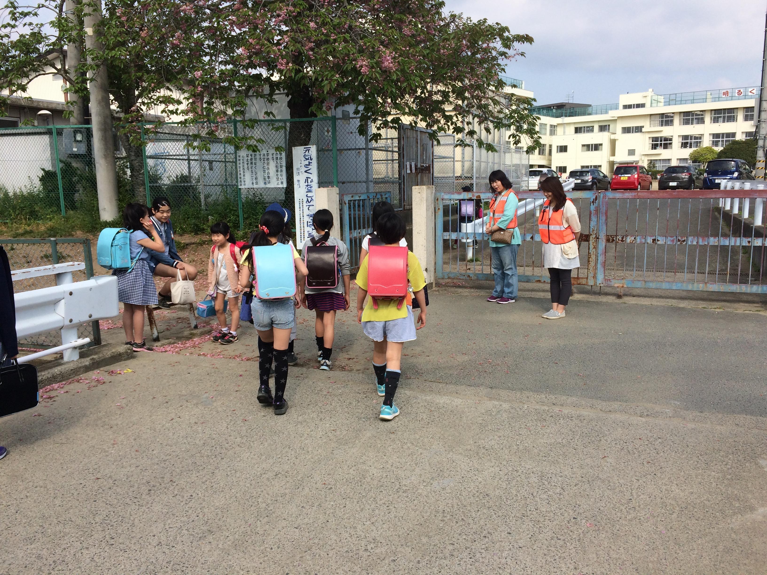 9.第2回挨拶運動1.JPG